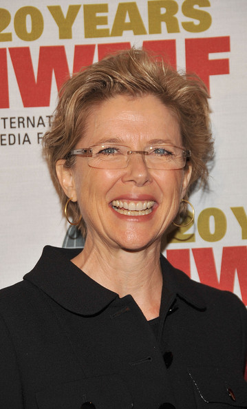 Annette Bening Messy Cut [hair,hairstyle,chin,forehead,magazine,premiere,eyewear,smile,annette bening,courage in journalism awards,courage in journalism awards,beverly hills hotel,california,international womens media foundation]