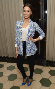 Jessica Alba kept it casual yet smart in a blue and white Cartonnier Limpopo blazer layered over a plain white shirt during Anthropologie's celebration of 'A Denim Story.'