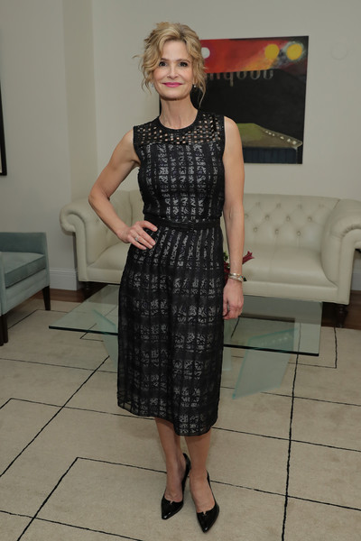 More Pics of Kyra Sedgwick Midi Dress (1 of 4) - Dresses & Skirts Lookbook - StyleBistro