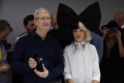 Maddie Ziegler couldn't be missed with her giant hair bow at the Apple launch event.