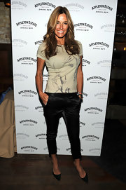 Kelly Bensimon showed off her long layered cut while hitting the bartenders challenge.