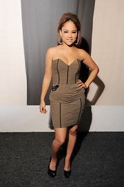 Kat DeLuna showed off her ruched strapless dress while hitting Lincoln Center.