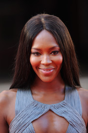 Naomi Campbell kept it simple with this straight center-parted 'do at the Arqiva British Academy Television Awards.