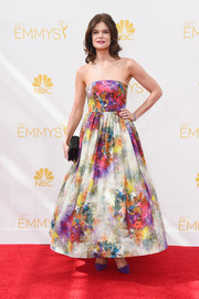 Betsy Brandt was a total charmer in a watercolor-print strapless dress by Alice + Olivia during the Emmys.