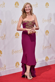 Jennifer Westfeldt looked super sophisticated at the Emmys in a plum-colored Marchesa strapless dress with gold embroidery and a high-low hem.