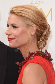 Claire Danes attended the Emmys wearing a romantic loose bun.