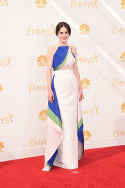 Michelle Dockery brought a lovely blend of colors to the Emmys red carpet with this Rosie Assoulin gown.