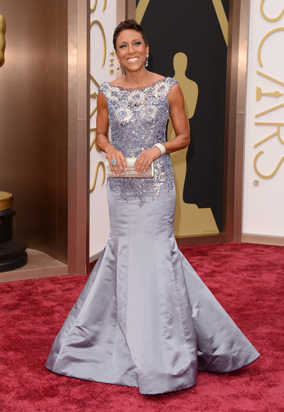 Robin Roberts wore a lilac mermaid gown with a beaded bodice to the 2014 Academy Awards.