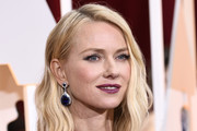 Actress Naomi Watts attends the 87th Annual Academy Awards at Hollywood & Highland Center on February 22, 2015 in Hollywood, California.