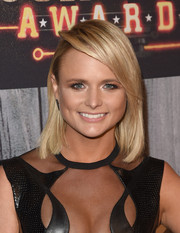 Miranda Lambert kept it simple yet chic with this mid-length bob at the American Country Countdown Awards.