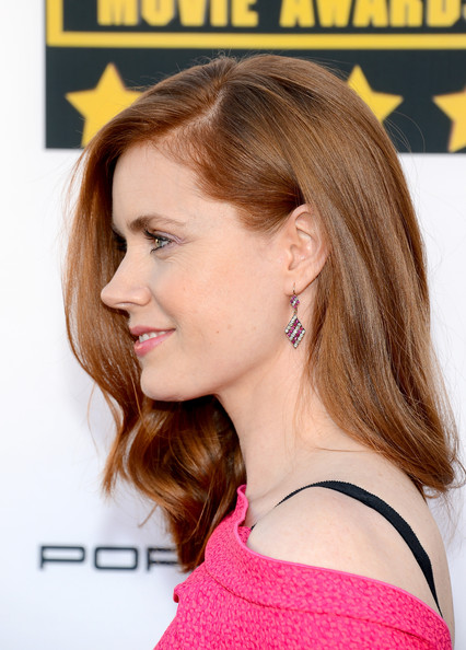 More Pics of Amy Adams Off-the-Shoulder Dress (1 of 25) - Amy Adams Lookbook - StyleBistro