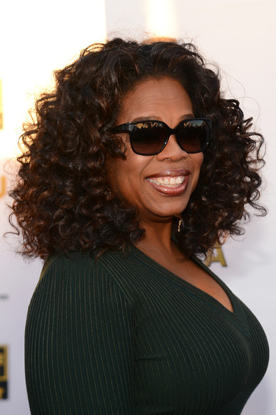 Oprah Winfrey finished off her Critics' Choice Awards look with a high-volume curly 'do.