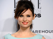 Sophie Ellis-Bextor was retro-chic with this messy, teased ponytail during the Elle Style Awards.