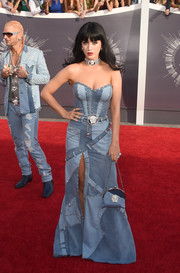 Katy Perry was fun and flirty in a strapless patched-denim dress by Atelier Versace during the MTV VMAs.