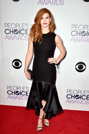 Sarah Rafferty attended the People's Choice Awards looking classic and feminine in an LBD with a fishtail hem.
