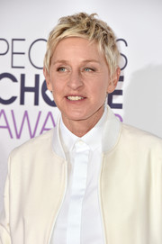 Ellen DeGeneres wore her short blonde locks mussed up during the People's Choice Awards.