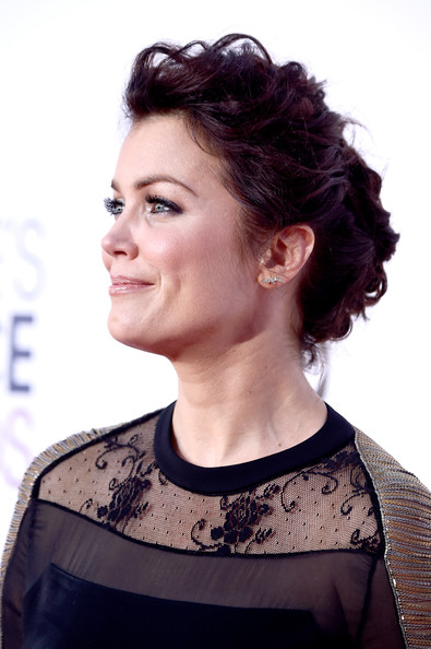 More Pics of Bellamy Young Messy Updo (5 of 25) - Updos Lookbook - StyleBistro [hair,hairstyle,face,eyebrow,beauty,chin,black hair,brown hair,neck,long hair,peoples choice awards,part,california,los angeles,nokia theatre la live,arrivals,bellamy young]