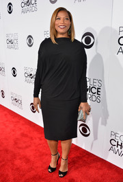Queen Latifah opted for a simple yet stylish long-sleeve LBD by Angela Dean when she attended the People's Choice Awards.