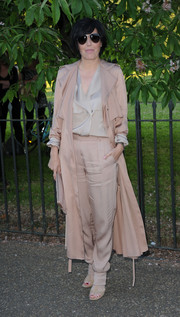 Sharleen Spiteri completed her monochromatic outfit with a pair of nude harem pants.