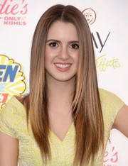 Laura Marano looked like a walking shampoo ad with her sleek straight layers at the Teen Choice Awards.