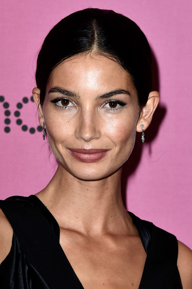 Lily Aldridge opted for a very simple center-parted chignon when she attended the Victoria's Secret fashion show after-party.