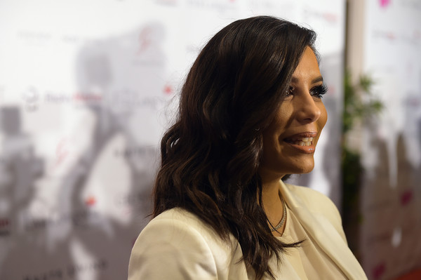 Eva Longoria looked beautiful with her shoulder-length waves at the Global Gift Foundation USA benefit.
