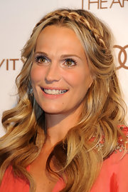 Molly Sims wore her long wavy tresses with a braided headband at the Art of Elysium's 5th Annual Heaven Gala.
