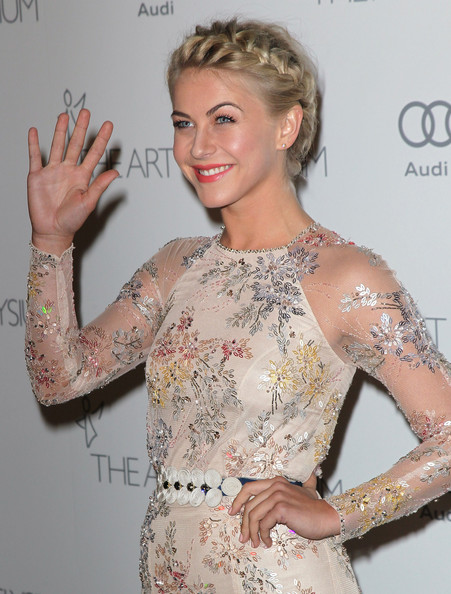 More Pics of Julianne Hough Evening Dress (1 of 10) - Julianne Hough Lookbook - StyleBistro