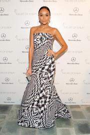 Ashley Madekwe was a style star at the Art of Elysium's Heaven Gala wearing a strapless Monique Lhuillier gown in a warped houndstooth print.