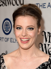 Gillian Jacobs went for a retro vibe with this voluminous bun at the Heaven Gala.