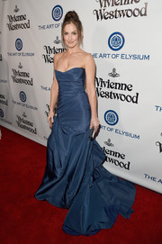 Minka Kelly attended the Heaven Gala looking like a princess in her strapless blue Monique Lhuillier gown.