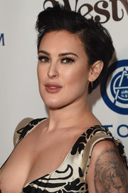 Rumer Willis wore her hair short and slightly tousled during the Heaven Gala.