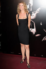 This little black bandage dress was just the ticket on Alexandra Lamy.
