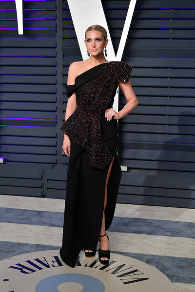 Ashlee Simpson Off-the-Shoulder Dress [oscar party,vanity fair,clothing,fashion,shoulder,dress,beauty,fashion design,formal wear,haute couture,little black dress,model,beverly hills,california,wallis annenberg center for the performing arts,radhika jones - arrivals,radhika jones,ashlee simpson]