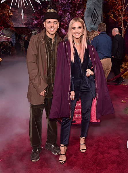 Ashlee Simpson Pantsuit [frozen 2,event,carpet,fashion,maroon,red carpet,flooring,outerwear,magenta,premiere,formal wear,ashlee simpson,evan ross,l-r,hollywood,california,dolby theatre,disney,world premiere,world premiere]