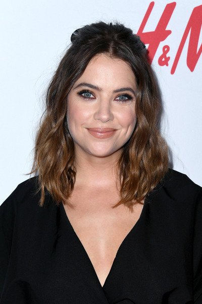 Ashley Benson Half Up Half Down [hair,hairstyle,eyebrow,beauty,chin,long hair,premiere,brown hair,lip,black hair,arrivals,girl up girlhero awards,beverly hills,california,beverly wilshire four seasons hotel,ashley benson]