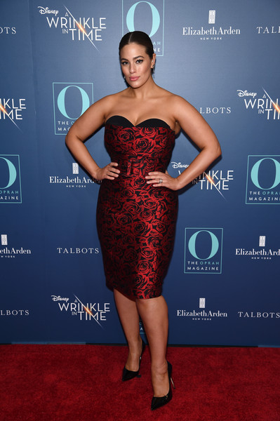 Ashley Graham Strapless Dress [o the oprah magazine hosts special nyc screening of ``a wrinkle in time,a wrinkle in time,dress,clothing,cocktail dress,strapless dress,cobalt blue,red,shoulder,carpet,hairstyle,fashion,ashley graham,nyc,walter reade theater,screening,ashley graham,dress,fashion,clothing,strapless dress,skirt,red carpet,gown,vogue,plus-size model]