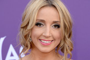 Ashley Monroe Pink Lipstick