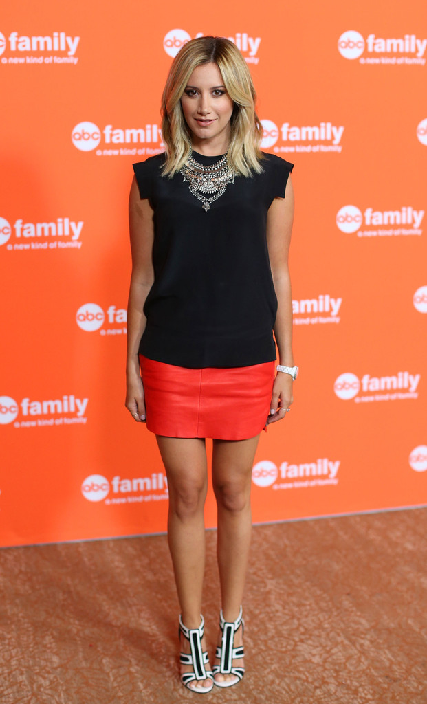 Ashley Tisdale In A Skirt 116