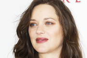 Marion Cotillard Medium Wavy Cut