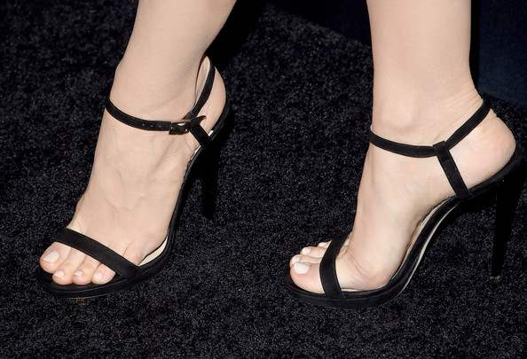 More Pics of Jessica Chastain Red Lipstick (1 of 12) - Jessica Chastain Lookbook - StyleBistro [footwear,sandal,high heels,leg,ankle,shoe,foot,human leg,toe,joint,arrivals,jessica chastain,shoe detail,california,los angeles,cecconis restaurant,audi celebrates golden globes]