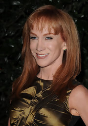 Kathy Griffin wore polished straight locks and wispy bangs to the 2011 Golden Globe Awards.