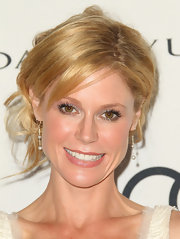 Julie Bowen opted for long petite pave diamond bead earrings to complete her look at the Audi soiree.