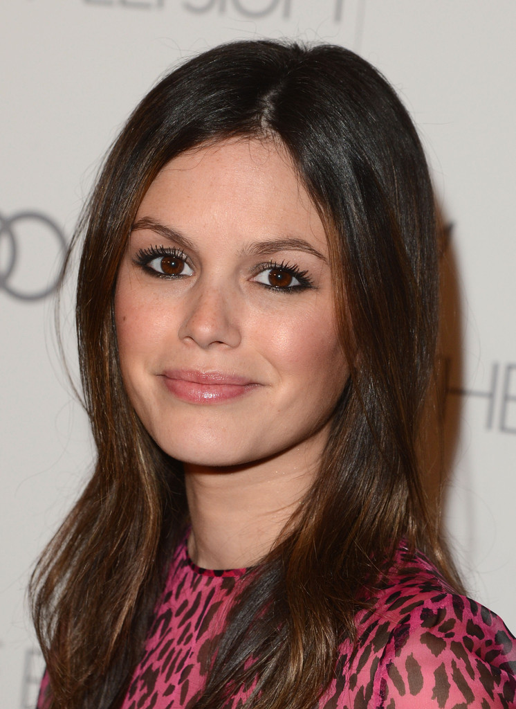 Rachel Bilson  Smooth Strands: The Straightest Celebrity Hair