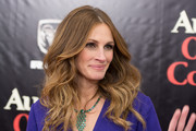 Julia Roberts opted for boho-glam wavy tresses when she attended the 'August: Osage County' NYC premiere.