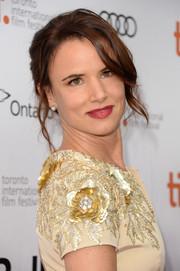 Juliette Lewis swept her hair up in a lovely chignon for the premiere of 'August: Osage County.'