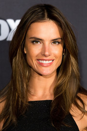 Alessandra Ambrosio looked gorgeous wearing this face-framing layered 'do at the 'Australia's Next Top Model' elimination.