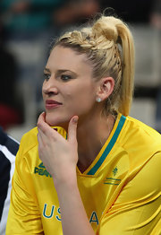 Lauren Jackson styled her hair in a braid and a high ponytail for her team's match with Brazil.