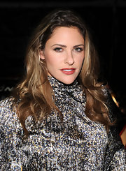 Jill Wagner opted for a dramatic look with deep red matte lipstick.
