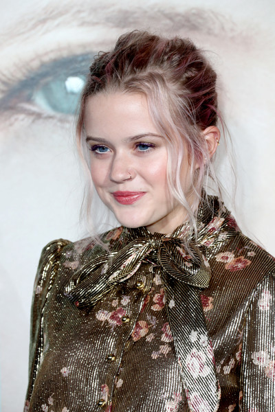 Ava Phillippe Messy Updo [big little lies,hair,face,hairstyle,lip,eyebrow,blond,beauty,lady,fashion,eye,arrivals,ava elizabeth phillippe,california,hollywood,tcl chinese theatre,hbo,premiere,premiere]